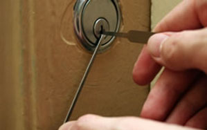 Door locks Bathgate